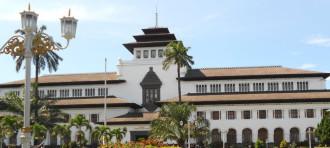 Meredupnya Warisan Indo-Eropa di Bandung