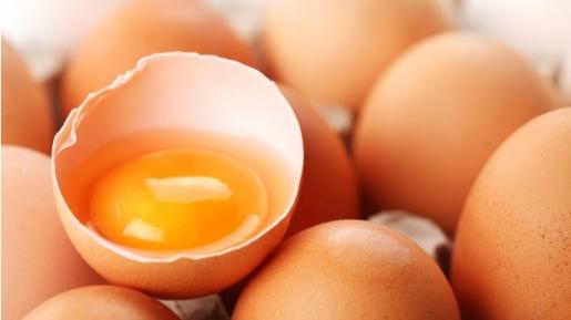 memilih telur (jawaban.com)