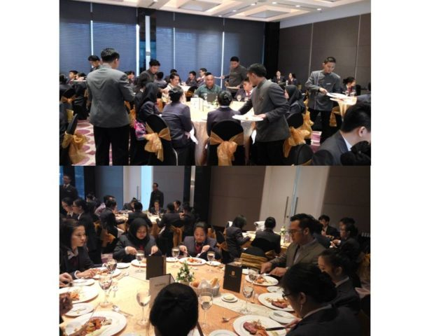 Suasana table manner