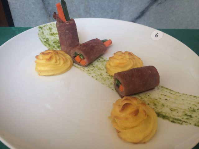 Smoked Beef Veggie roll w/ Duchess potato (main course) karya Amanda dan Titiek