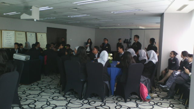 Suasana sharing session