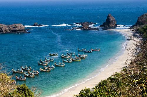 Pantai-Tanjung-Papuma2