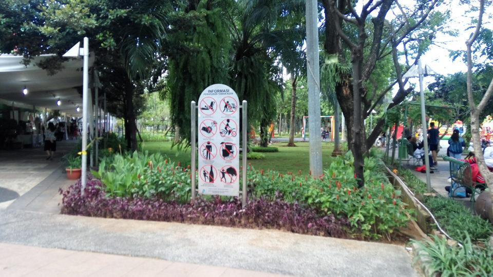 Public Parks as Urban Tourism in Jakarta