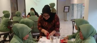 TABLE MANNER PKK RW 12 PALMERAH